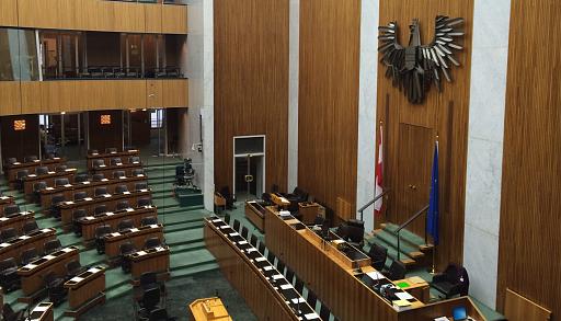 Klicken Sie auf die Grafik für eine größere Ansicht  Name:parlament_wien-1400x801.png Hits:1 Größe:2,43 MB ID:4453