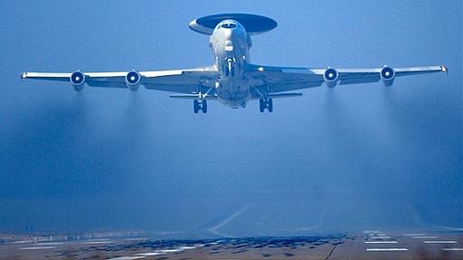 Klicken Sie auf die Grafik für eine größere Ansicht  Name:start-eines-awacs-aufklaerungsflugzeugs-am-luftwaffenstuetzpunkt-geilenkirchen.jpg Hits:20 Größe:57,4 KB ID:3957